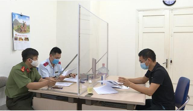 Tung tin Hà Nội phong tỏa, Youtuber bị phạt 12.5 triệu đồng - Ảnh 1.