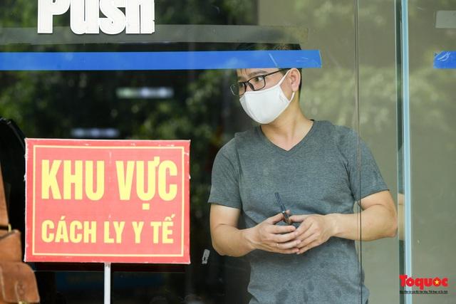 Hà Nội: Phong tỏa chung cư Đại Thanh sau khi ghi nhận ca dương tính với Covid -19 - Ảnh 7.