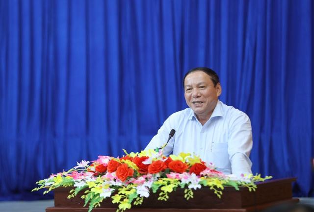 """Cử tri tỉnh Kon Tum: Bộ trưởng Nguyễn Văn Hùng đã nói """"đúng"""" và """"trúng"""" những khó khăn, tồn tại của địa phương - Ảnh 1."""