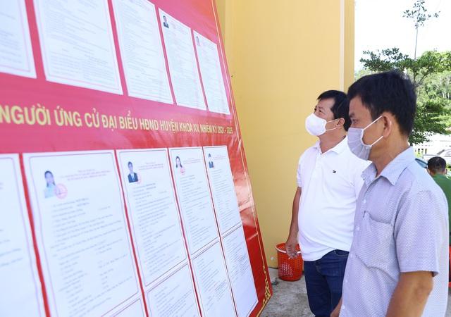 """Bộ trưởng Nguyễn Văn Hùng: Bảo vệ giá trị thiên nhiên chính là mở """"cánh cửa"""" cho phát triển du lịch bền vững - Ảnh 5."""