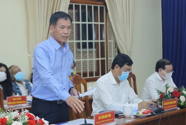 """Bộ trưởng Nguyễn Văn Hùng: """"Kon Tum có quang cảnh đẹp, sao không mạnh dạn đặt ước mơ trở thành trung tâm hội nghị của khu vực miền Trung-Tây Nguyên"""" - Ảnh 6."""
