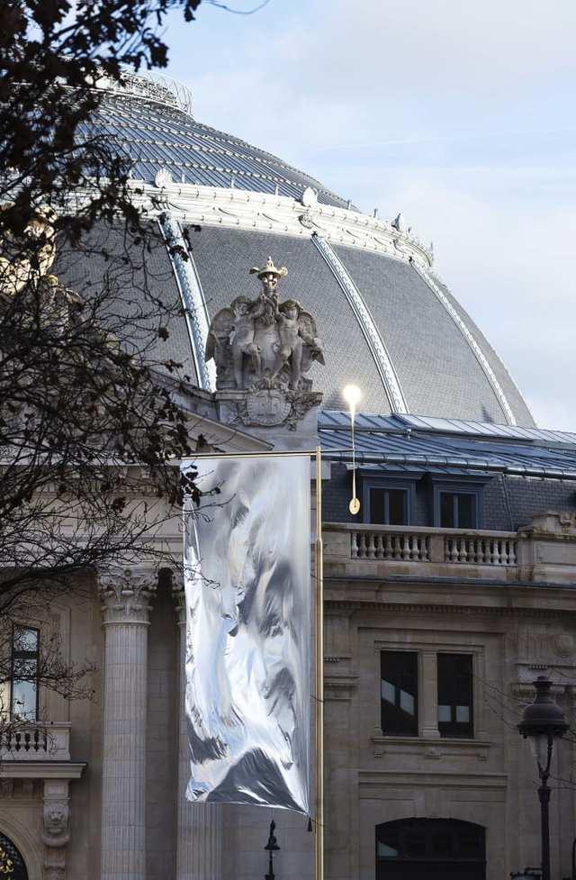 Ấn tượng bên trong bảo tàng nghệ thuật đương đại Bourse de Commerce - Ảnh 2.