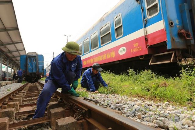 Thủ tướng giao Bộ Giao thông vận tải đặt hàng bảo trì kết cấu hạ tầng đường sắt quốc gia - Ảnh 1.