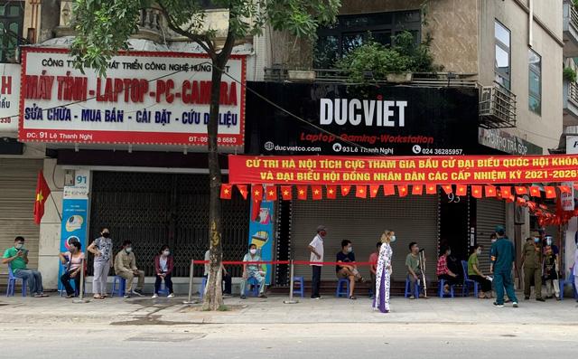 """Những điểm bầu cử """"đặc biệt"""" giữa lòng thủ đô Hà Nội - Ảnh 3."""
