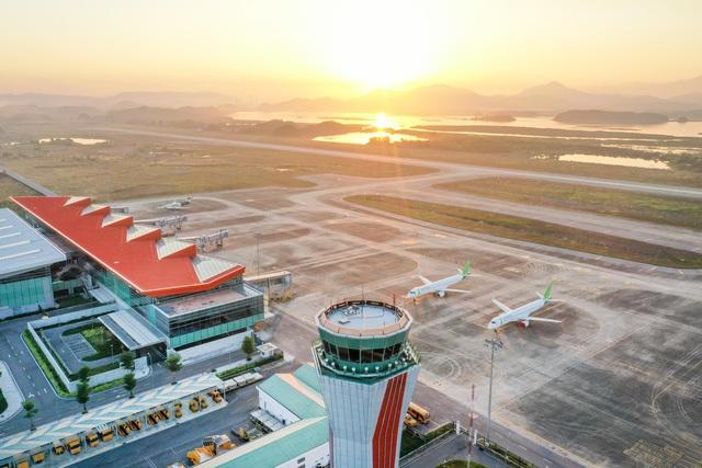 Giải mã những nguyên nhân khiến du lịch Việt Nam thăng hạng - Ảnh 1.