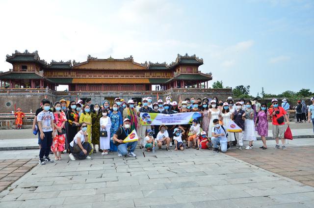 Thừa Thiên Huế triển khai hàng loạt biện pháp tăng cường phòng, chống dịch sau kỳ nghỉ lễ 30/4 và 1/5 - Ảnh 1.