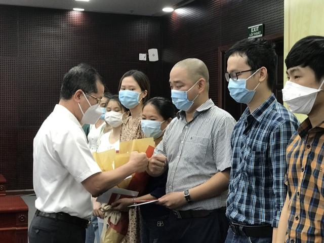 """Đà Nẵng cử 10 """"chiến sỹ áo trắng"""" giỏi ra hỗ trợ Bắc Giang - Ảnh 1."""