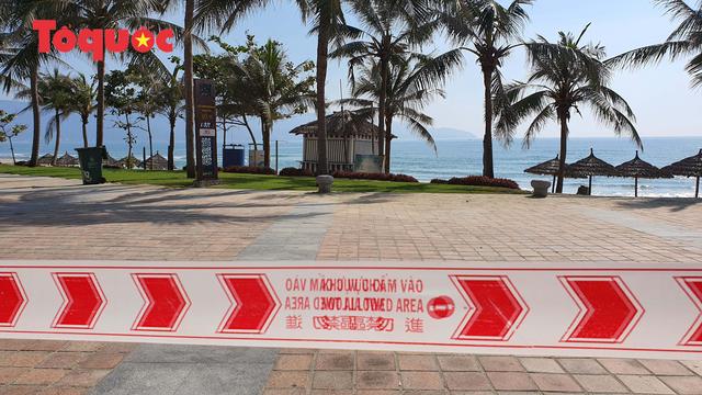 Biển Đà Nẵng vắng hoe, tạm đóng cửa bán đảo Sơn Trà - Ảnh 6.