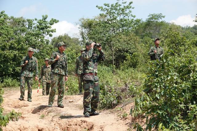 Quảng Trị sẽ hỗ trợ thiết bị y tế cho các huyện nước bạn Lào sát với biên giới tỉnh chống dịch - Ảnh 1.