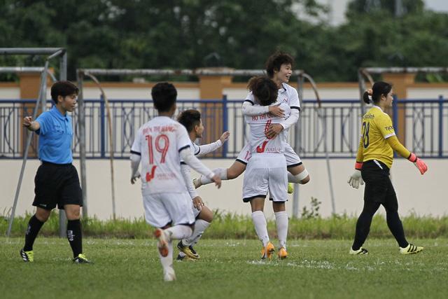 Chung kết Giải bóng đá Nữ Cúp Quốc gia 2021: Hà Nội I Watabe giành tấm vé đầu - Ảnh 1.