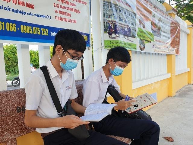 Quảng Nam cho học sinh, sinh viên đi học trở lại từ ngày 6/5, trừ TP Hội An  - Ảnh 1.