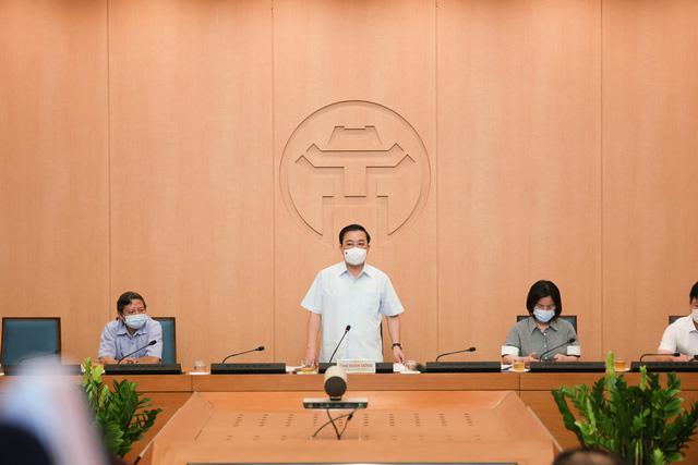 Hà Nội tạm dừng hoạt động dịch vụ massage, spa, phòng tập gym từ 0h ngày 5/5 - Ảnh 1.