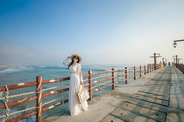 Cận cảnh quán bar biển lộng gió vừa ra mắt tại Sầm Sơn, Quy Nhơn - Ảnh 12.