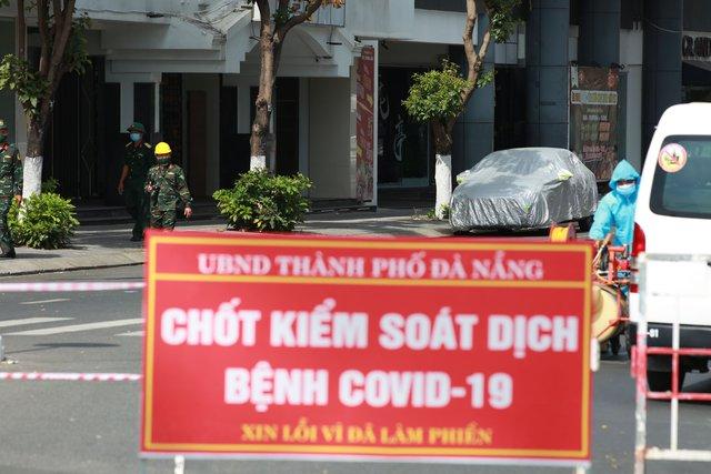 Đà Nẵng: Xét nghiệm Covid-19 cho 10.000 người phục vụ bầu cử, chiều nay ghi nhận thêm 2 ca dương tính SARS-CoV-2 - Ảnh 1.