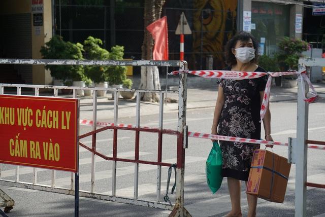Phong tỏa chung cư 12T3, khu dân cư quanh vũ trường lớn nhất Đà Nẵng - Ảnh 5.