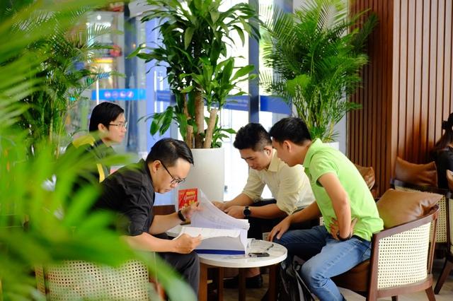 """King Coffee tưng bừng khai trương 2 cửa hàng mới tại thành phố """"trong lòng"""" thành phố - Ảnh 4."""