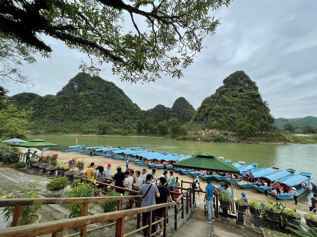 Tạm dừng một số hoạt động tham quan du lịch trên địa bàn Quảng Bình - Ảnh 1.