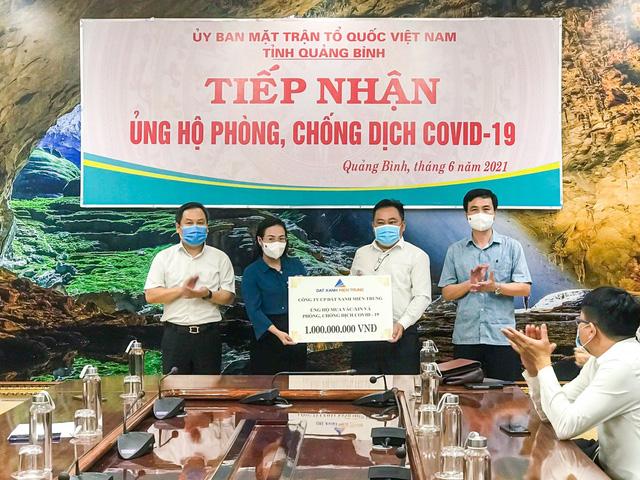 Đất Xanh Miền Trung ủng hộ 3 tỷ đồng cho Quỹ vắc-xin Covid-19 - Ảnh 2.