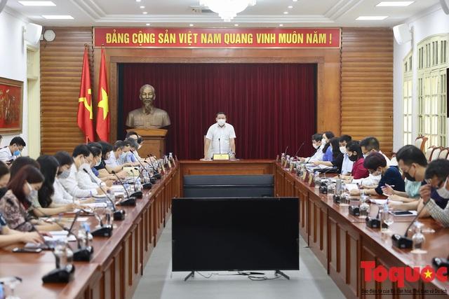 Bộ trưởng Nguyễn Văn Hùng: Xây dựng Báo Văn Hóa chuyên nghiệp, nhân văn, hiện đại - Ảnh 2.