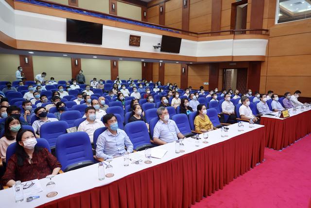 """Bộ VHTTDL tham gia Hội nghị trực tuyến toàn quốc Sơ kết 5 năm thực hiện """"Học tập và làm theo tư tưởng, đạo đức, phong cách Hồ Chí Minh"""" - Ảnh 1."""