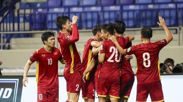 Chủ tịch nước, Thủ tướng, Chủ tịch Quốc hội chúc mừng chiến thắng của đội tuyển Việt Nam - Ảnh 1.
