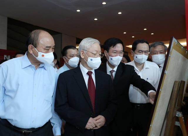 Tổng Bí thư Nguyễn Phú Trọng chủ trì Hội nghị trực tuyến toàn quốc sơ kết 5 năm thực hiện Chỉ thị số 05-CT/TW của Bộ Chính trị khóa XII - Ảnh 2.