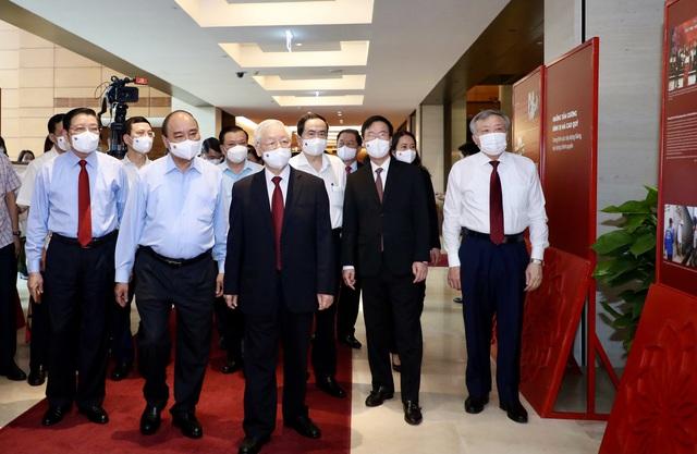 Tổng Bí thư Nguyễn Phú Trọng chủ trì Hội nghị trực tuyến toàn quốc sơ kết 5 năm thực hiện Chỉ thị số 05-CT/TW của Bộ Chính trị khóa XII - Ảnh 1.