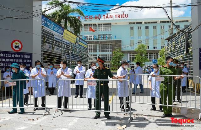 Hà Nội: Chính thức kết thúc cách ly y tế Bệnh viện K Tân Triều - Ảnh 4.