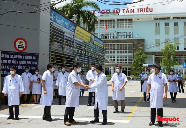 Hà Nội: Chính thức kết thúc cách ly y tế Bệnh viện K Tân Triều - Ảnh 5.