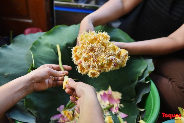 Gia đình Hà Nội suốt 70 năm làm trà ướ sen thứ trà hảo hạng, giá cả chục triệu/kg - Ảnh 5.