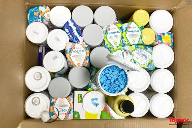 Thu giữ hàng tạ ma túy giấu trong sữa hộp, băng vệ sinh... được vận chuyển qua đường hàng không về Việt Nam - Ảnh 3.