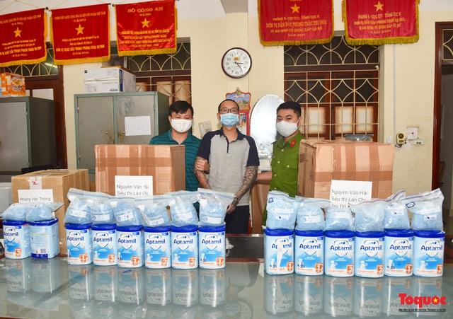 Thu giữ hàng tạ ma túy giấu trong sữa hộp, băng vệ sinh... được vận chuyển qua đường hàng không về Việt Nam - Ảnh 2.