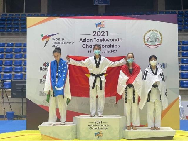 Trương Thị Kim Tuyền giành huy chương vàng giải vô địch Taekwondo địch Châu Á - Ảnh 1.