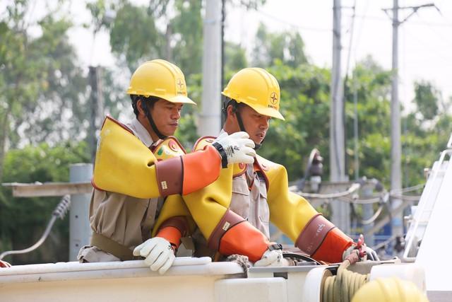 EVNCPC: Đảm bảo cung cấp điện trong các ngày nắng nóng gay gắt  - Ảnh 2.