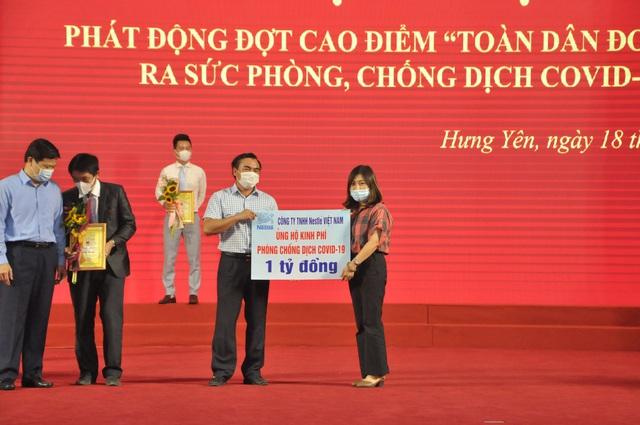 Nestlé Việt Nam ủng hộ Quỹ vắc-xin phòng chống Covid-19  - Ảnh 1.