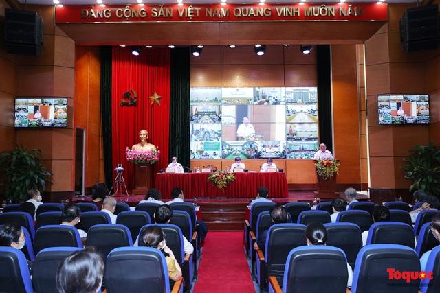 Bộ trưởng Nguyễn Văn Hùng: Cần cơ cấu, tính toán cân bằng lại thị trường du lịch - Ảnh 2.