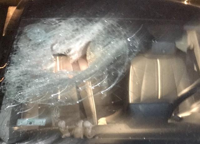 Bắt đối tượng chuyên đập kính ô tô trộm cắp tài sản - Ảnh 2.