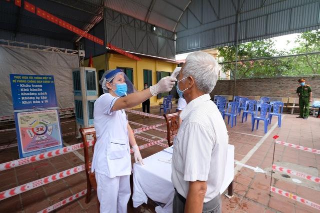 Hơn 1.000 cử tri Hà Nội đi bầu cử lại - Ảnh 2.