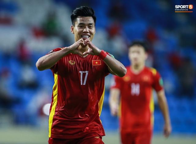 Đè bẹp tuyển Indonesia, Việt Nam giữ vững ngôi đầu bảng G, nhận thưởng nóng 1 tỷ đồng - Ảnh 2.