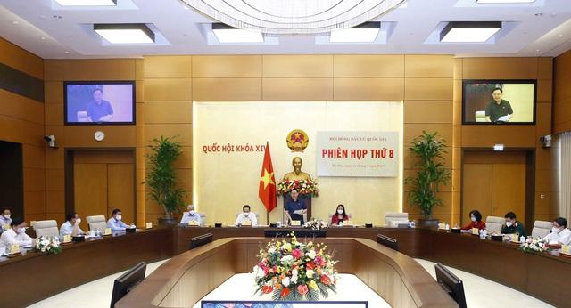 Thông qua Nghị quyết xác nhận tư cách đại biểu Quốc hội Khóa XV với 499 người trúng cử - Ảnh 3.