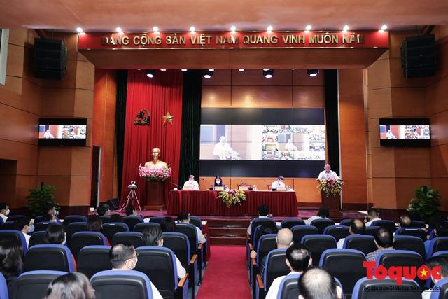 Bộ VHTTDL tổ chức Hội nghị lấy ý kiến phát triển văn học - Ảnh 1.