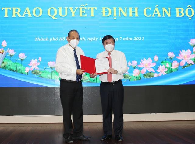 Ông Nguyễn Thành Phong được Thủ tướng phê chuẩn chức vụ Chủ tịch UBND TP.HCM - Ảnh 1.