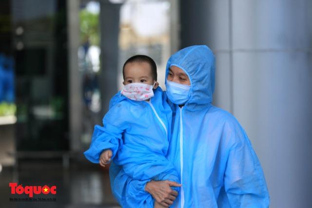 Đà Nẵng, Quảng Nam đón người dân từ TPHCM về quê - Ảnh 6.