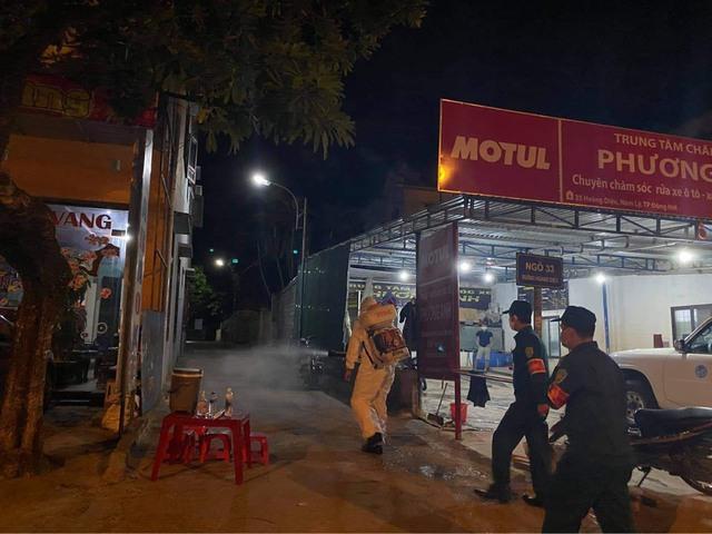 Quảng Bình giãn cách thành phố Đồng Hới; Đà Nẵng hàng hóa dồi dào, người dân không nên mua tích trữ - Ảnh 1.