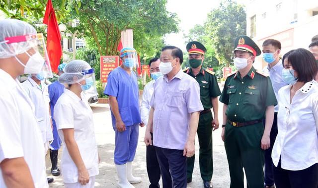 Bí thư Hà Nội yêu cầu trưng dụng chung cư chưa bàn giao để làm bệnh viện dã chiến - Ảnh 1.
