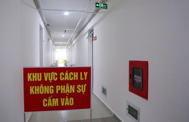 Ảnh: Bệnh viện dã chiến số 1 quy mô 1.700 giường điều trị bệnh nhân COVID-19 ở Đà Nẵng hoạt động - Ảnh 9.