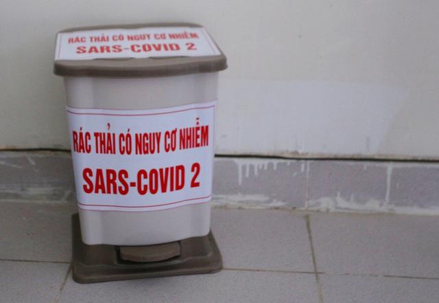 Ảnh: Bệnh viện dã chiến số 1 quy mô 1.700 giường điều trị bệnh nhân COVID-19 ở Đà Nẵng hoạt động - Ảnh 10.