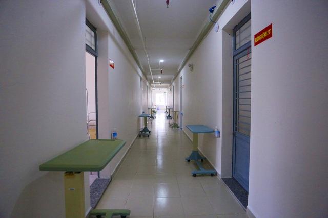 Ảnh: Bệnh viện dã chiến số 1 quy mô 1.700 giường điều trị bệnh nhân COVID-19 ở Đà Nẵng hoạt động - Ảnh 6.