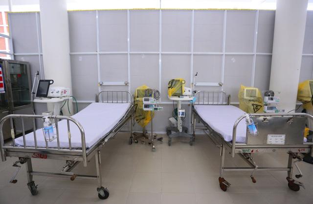 Ảnh: Bệnh viện dã chiến số 1 quy mô 1.700 giường điều trị bệnh nhân COVID-19 ở Đà Nẵng hoạt động - Ảnh 7.