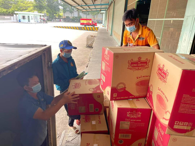 TNI King Coffee tiếp tục hỗ trợ các y bác sĩ tuyến đầu chống dịch tại TP.HCM và Bình Dương - Ảnh 5.